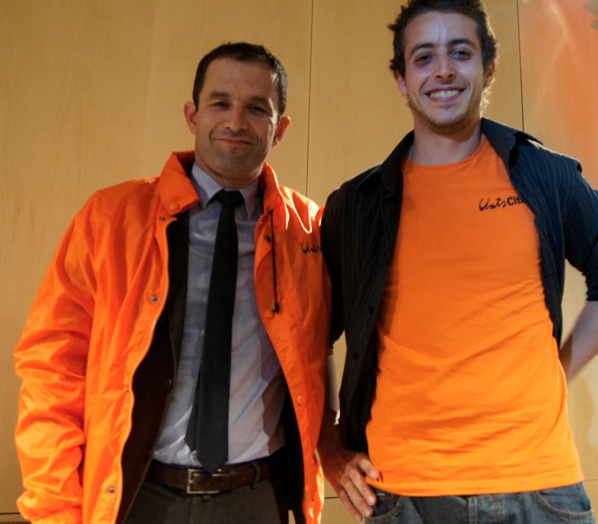Mehdi, volontaire à Unis-Cité, a échangé avec Benoît Hamon