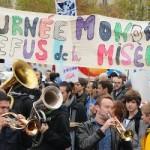 Unis-Cité soutient la Journée Mondiale du Refus de la Misère du 17 octobre 2013